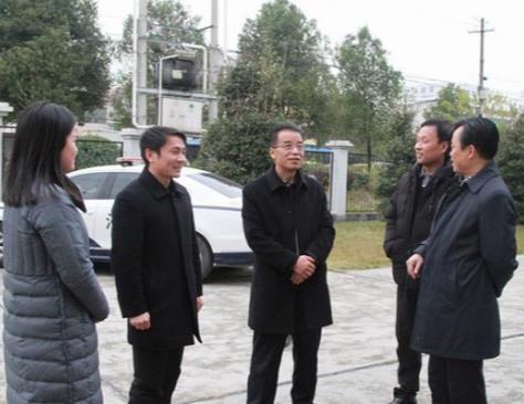 荆州中院肖志坚院长到石首法院调研指导工作